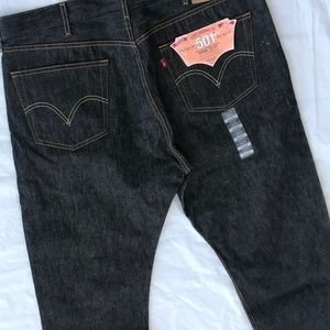 NEW Men's 501 Levi's Black Denim jeans size 42/32